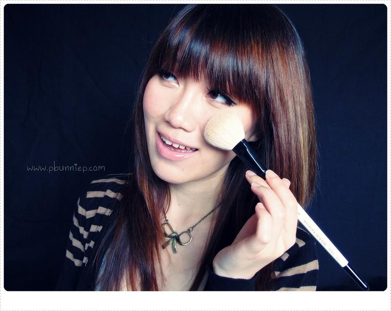 makeup tag photo
