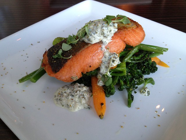 Pan roasted local wild salmon - Lot 7