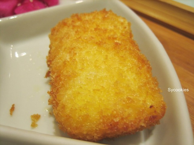 20.breaded dumpling filled with cheese, mayonise and  corn (1)