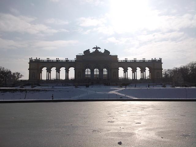 Spring is coming to Schönbrunn (23)
