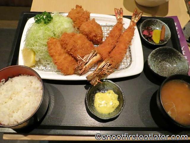 assorted seafood katsu set HK$178