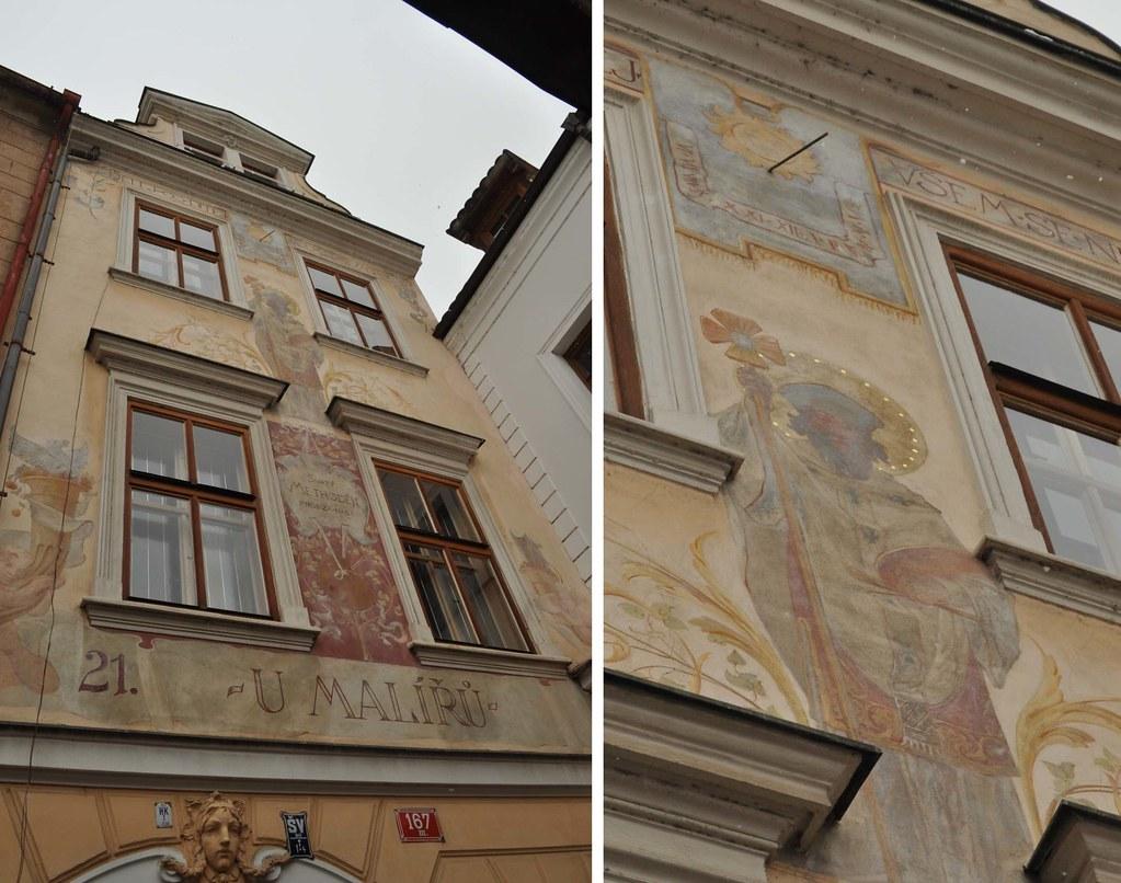 _Prague_sun_dials_1