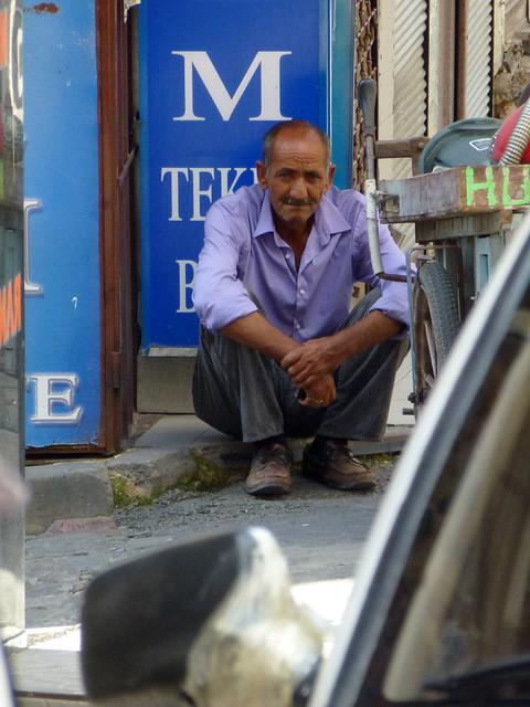 Turquie - jour 3 - Istanbul - 06 - Karababa Türbesi Sokak