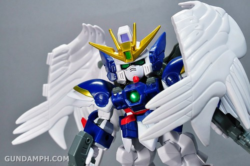 SDGO Wing Gundam Zero Endless Waltz Toy Figure Unboxing Review (28)