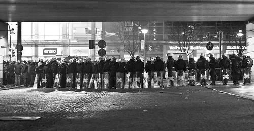 13 februar 2013 Hauptbahnhof Polizeikette