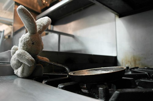 Travel Bunny at Le Lapin Sauté - #LexGoFurther
