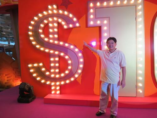Changi Airport, Changi Airport review, Changi Millionaire, Singapore Travel Blog, Changi Millionaire Blogger, Changi Millionaire 2012, Changi Millionaire 2013, Changi Rewards, nadnut, Shopping in Changi Airport, singapore blogger, singapore lifestyle blog, singapore lifestyle blogger, Changi Millionaire finalists, Changi Millionaire Peh Hock Peng, Changi Millionaire Michael Peh, Changi Millionaire Sim Why Teck, Changi Millionaire Kenny Sim