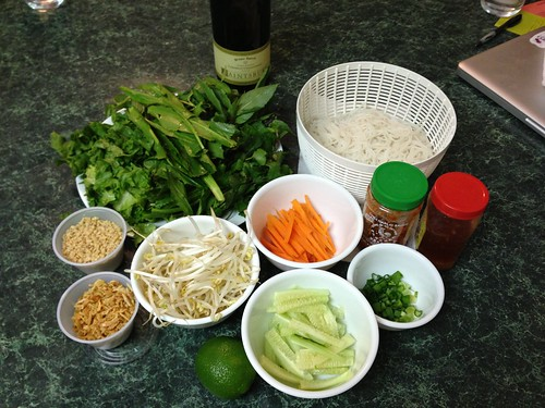Vegetables and seasoning for grilled pork with noodles