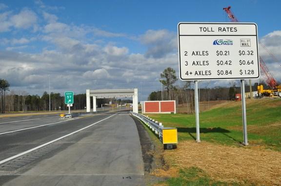 Gantry on Triangle Expressway