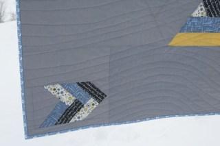 Windmill Quilt - Quilting Closeup