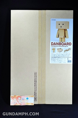Big Scale Danboard Cardboard Assembling Kit Review (3)