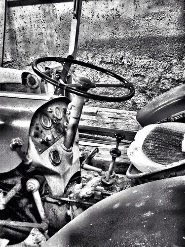 The old tractor by SpatzMe