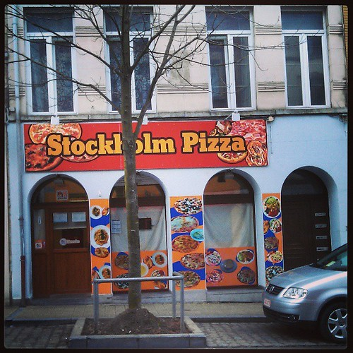 stockholm syndrome after the pizza #brussels #pizzeria #vitrine