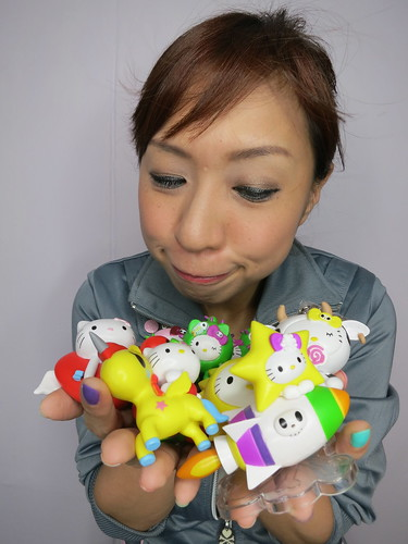 Singapore Lifestyle Blog, nadnut, Singapore Blog, Singapore Lifestyle Blogger, 7-Eleven, 7-Eleven promotions, Tokidoki, Hello Kitty, Tokidoki Hello Kitty Collaboration, Hello Kitty Tokidoki Wonderland