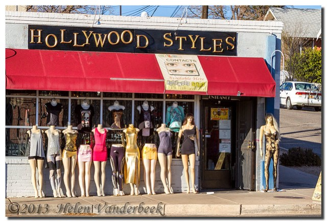 Hollywood Styles