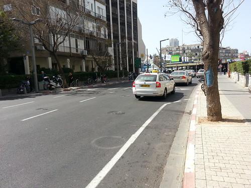 בעיות בשבילי אופניים בתל-אביב