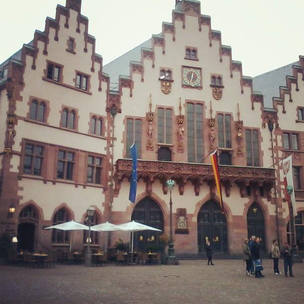 Römer, el ayuntamiento de Frankfurt #Alemania #dijucatrip