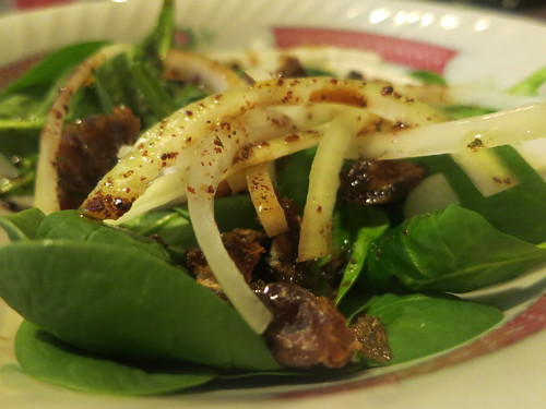 Baby spinach, date, and almond salad