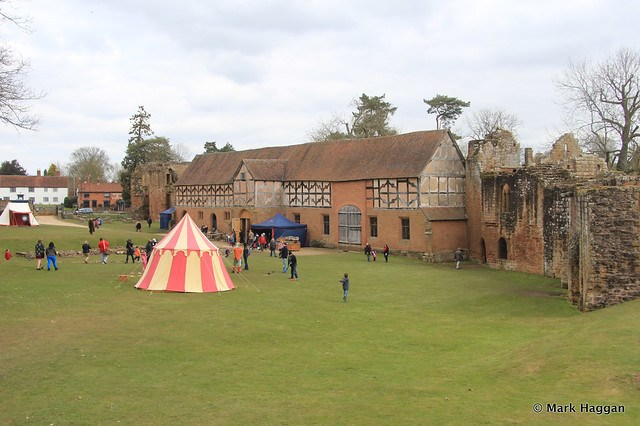 Entertainment at Kenilworth Castle