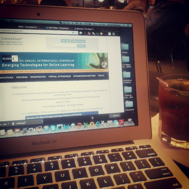 Waiting for my flight to #et4online