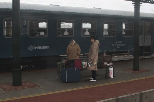 Passengers waiting for a train at Mezőtúr station