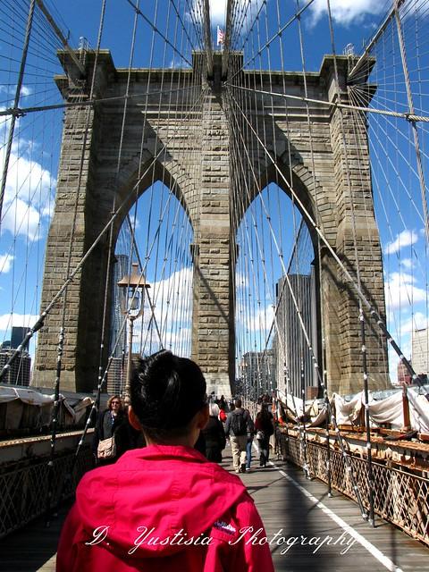A Girl at the Brooklyn Bridge