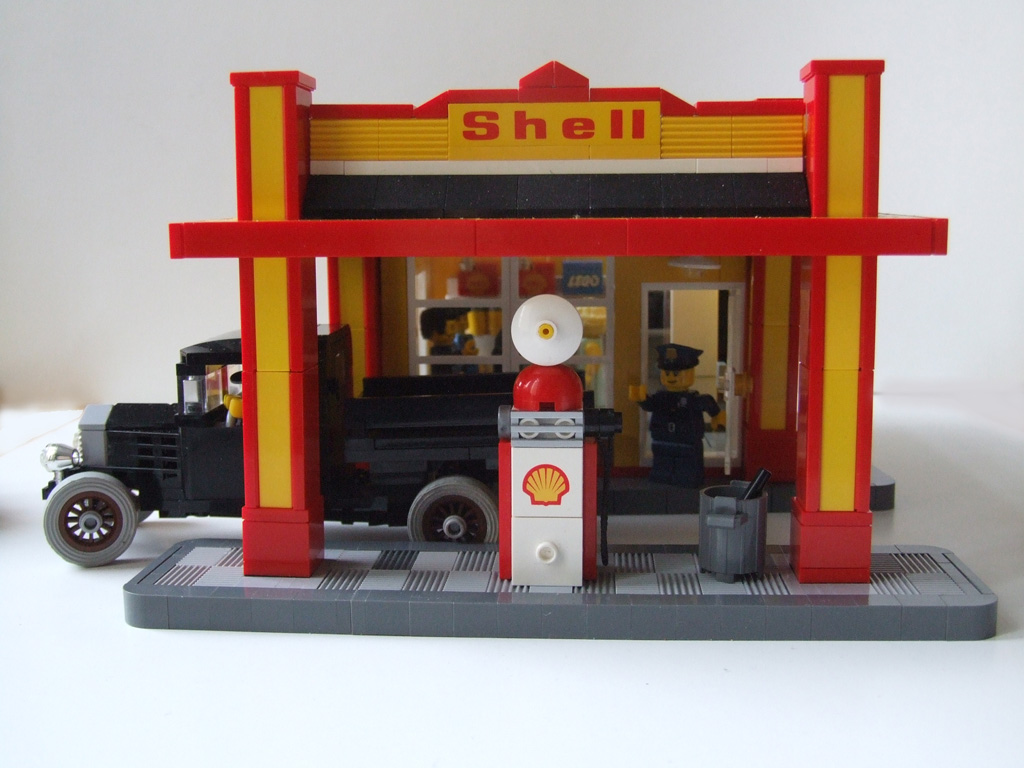 shell art deco style gas station shell tankstelle im art. Black Bedroom Furniture Sets. Home Design Ideas