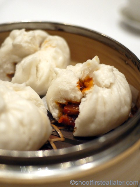 Red Lantern @ Solaire- glazed fluffy barbecued pork buns