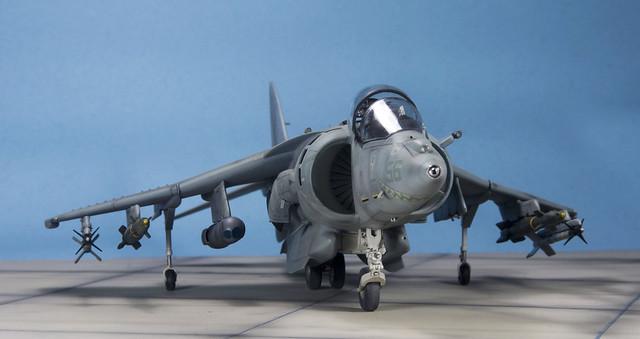 AV-8B Harrier II viewed from the front