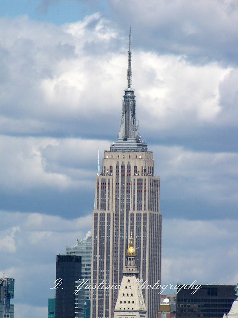 Empire State Building shot from Brooklyn Bridge