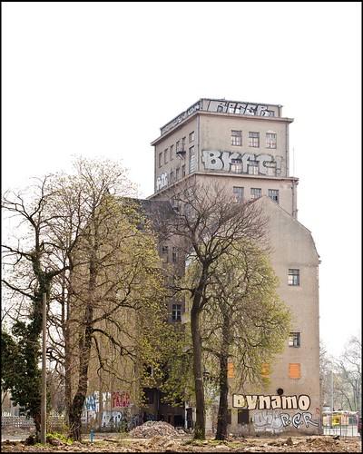 Dynamotower