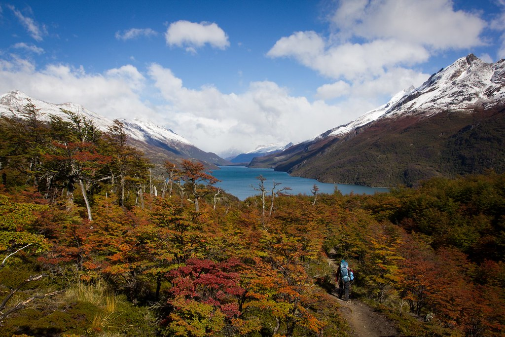 A snow dusting completes the picturesque views over Lago del Desierto. Santa Cruz. Patagonia. Argentina.