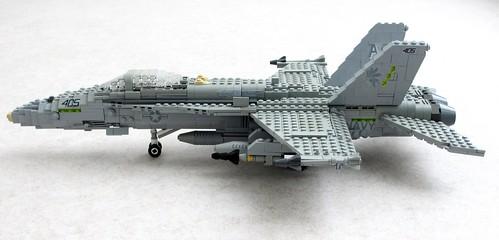 F/A-18C Hornet of VFA-87 'Golden Warriors' (2)