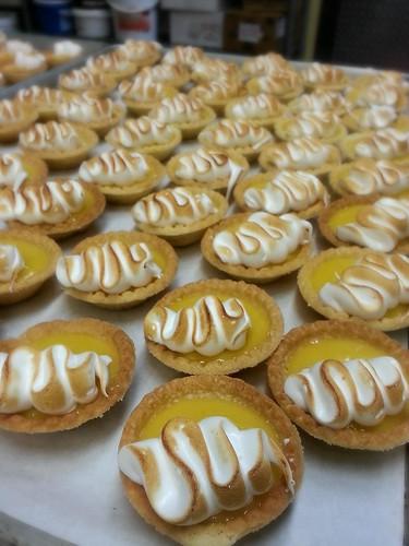 lemon curd tarts by pipsyq