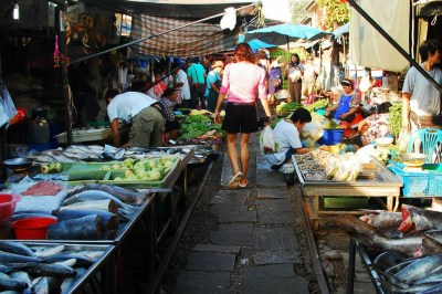 BKK Train market