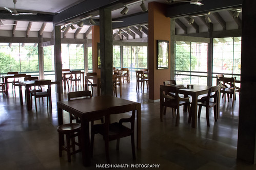 Dining Hall - Afsanah Guest House