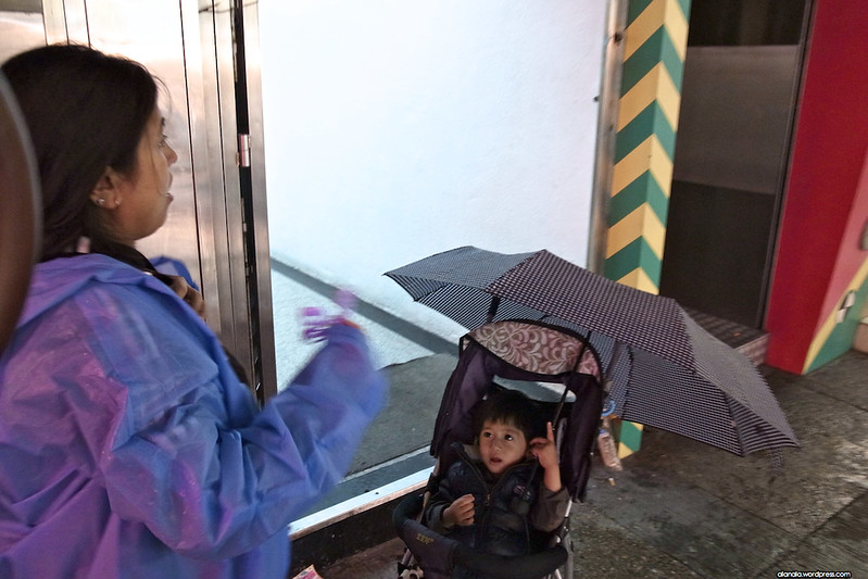 Can't walk but can handle an umbrella