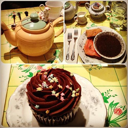Apr.02.13 Alice's Tea Cup Chapter 3 #alicesteacup #aliceinwonderland
