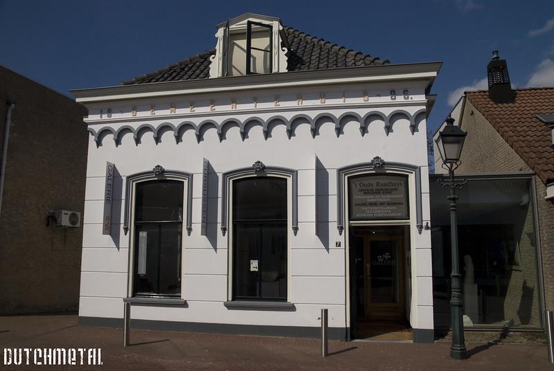 't Raadhuys in Spijkenisse aan het Nooreinde uit 1886