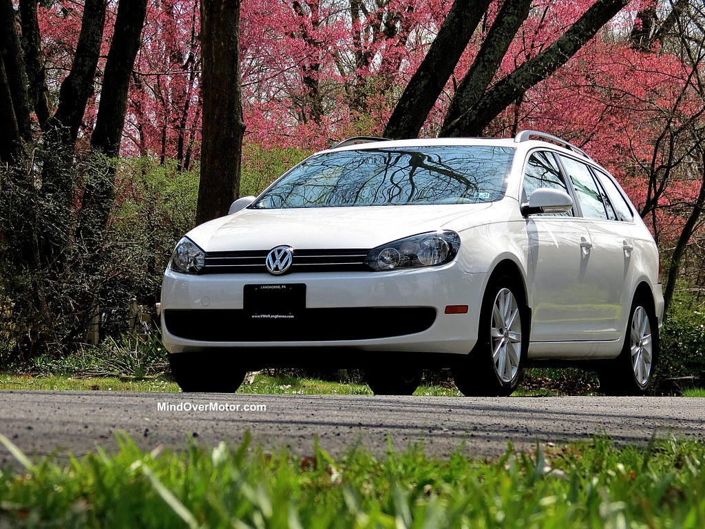 test driven 2013 vw jetta sportwagen tdi manual 9 10 mind over motor. Black Bedroom Furniture Sets. Home Design Ideas
