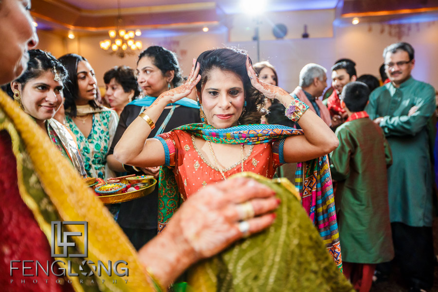Guests greeting Bride during Pithi ceremony