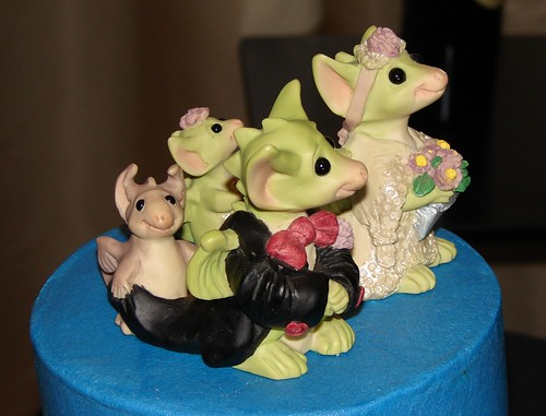 Dragon cake toppers