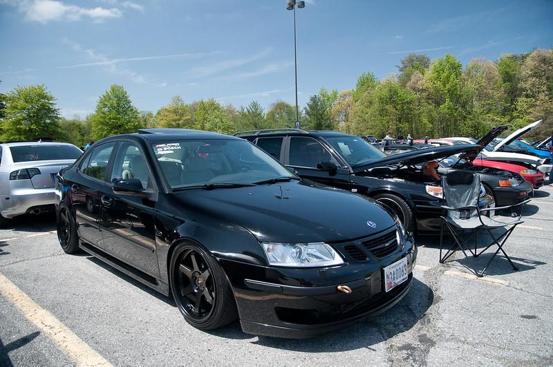 black Saab 9-3