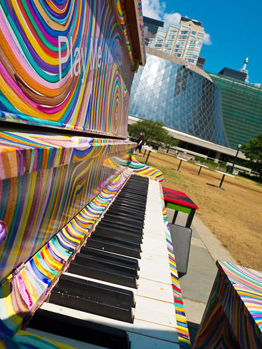 Swirly piano