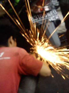 SONY Xperia neo L tanpa flash