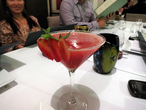Fresa - vodka - licor de manzana - canela