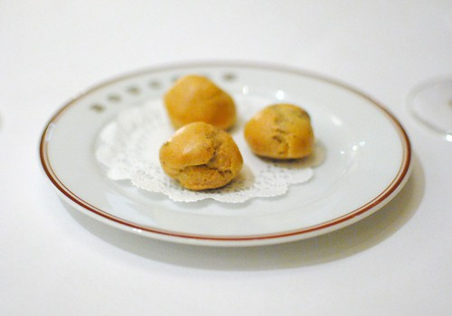 """""""Gougères"""" sauce Mornay with preserved black winter truffle"""