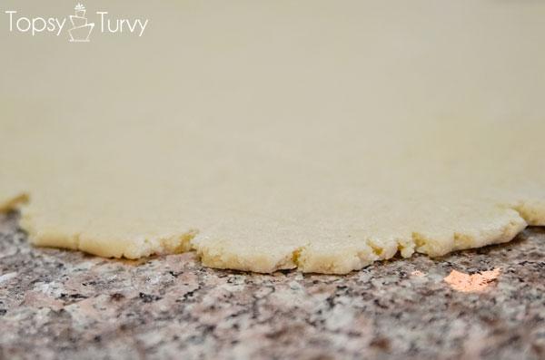 bee-sugar-cookie-recipe-dough