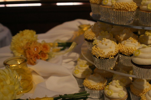 Cupcakes by theadventuresofbeka