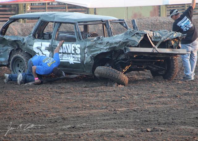 081112 Fallen tire_5x7